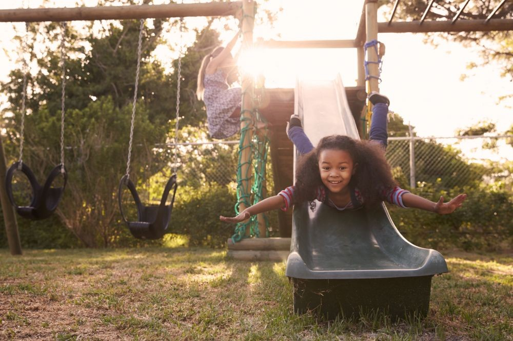 The Benefits of Risky Play - Parenting Connection